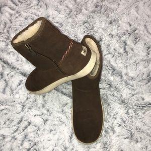 🌠 Women's Ugg boots